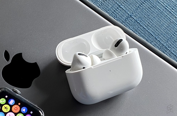 Apple AirPods Pro - tai nghe true wireless
